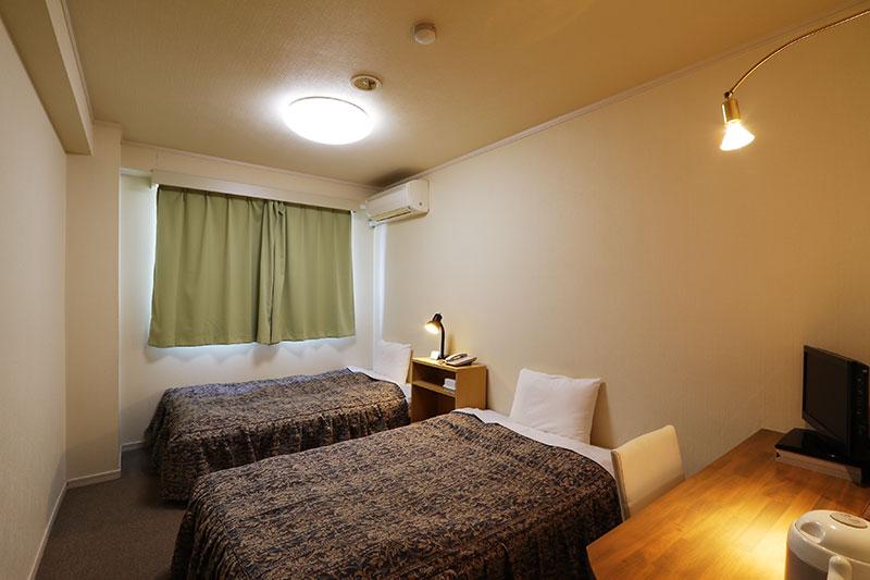 room_twin