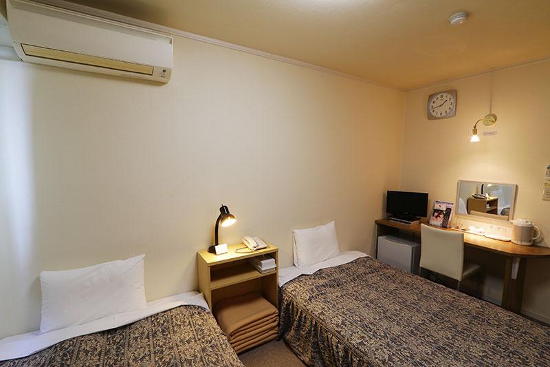 room_twin2